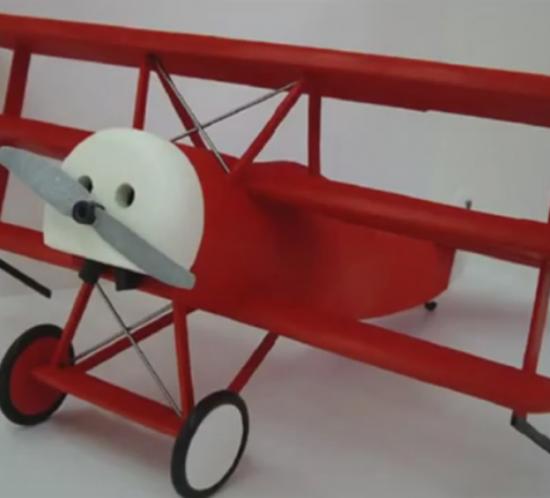 Escuela de Arte Murcia - Trabajos de alumnos - Maqueta Fokker DR-1